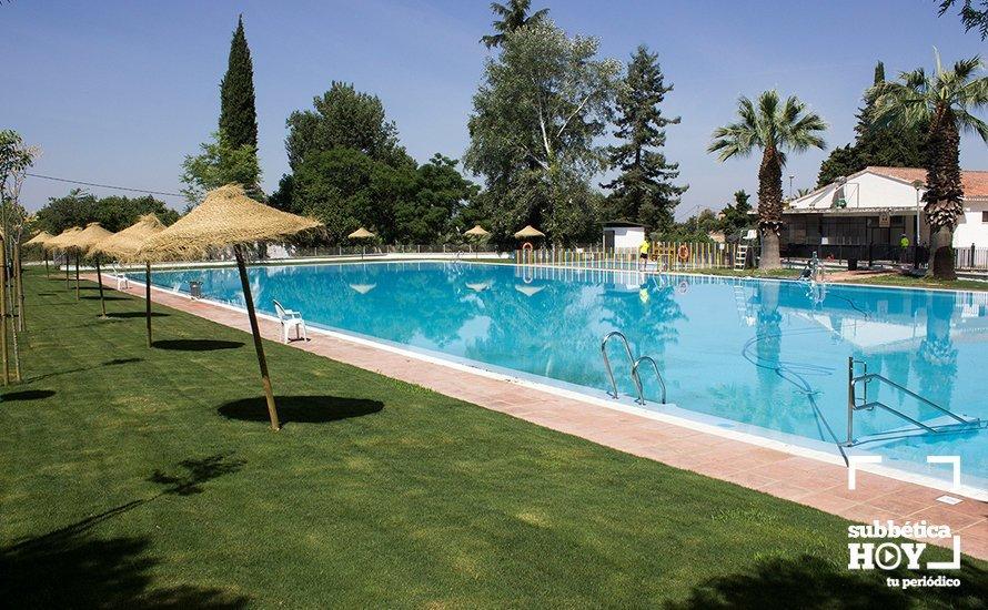 cabra las piscinas municipales amplian horario y