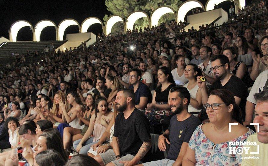Lleno en el Auditorio Alcalde Juan Muñoz para la Noche de Carnaval